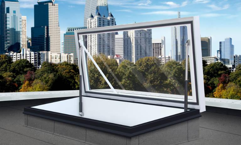 Roof hatch with glass
